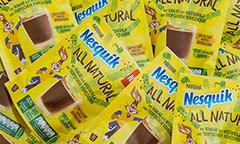Nesquik All Natural cacaopoeder komt in een papieren verpakking