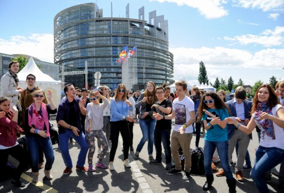 Europese jongeren willen suikertaks en gemeenschappelijke regels houdbaarheid