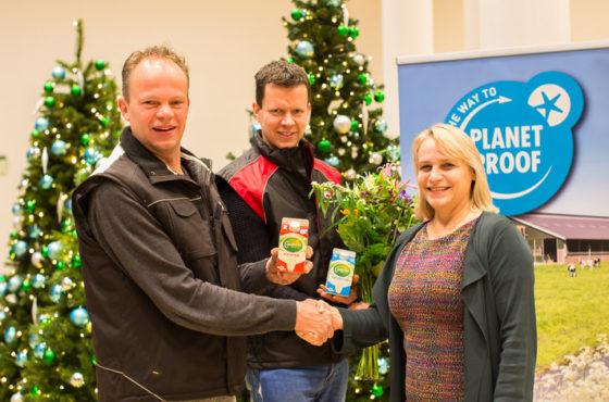FrieslandCampina eerste met PlanetProof melk
