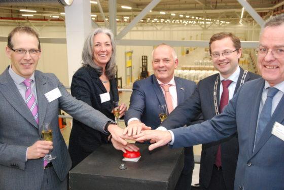 FrieslandCampina opent duurzaam distributiecentrum