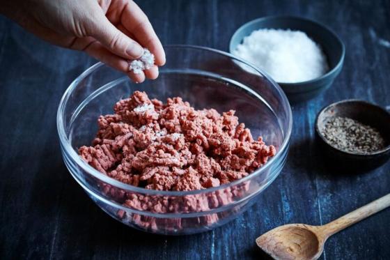 Naturli Foods introduceert plantaardig gehakt bij Albert Heijn