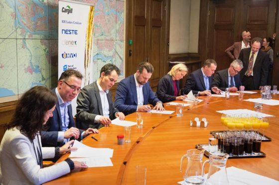 Consortium slaat handen ineen voor bleekaarde extractie-installatie