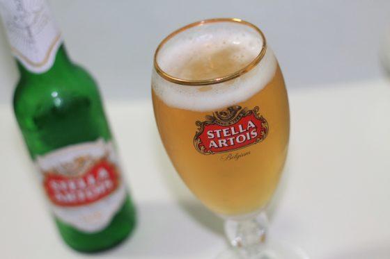 Stella Artois roept opnieuw 33cl flessen terug