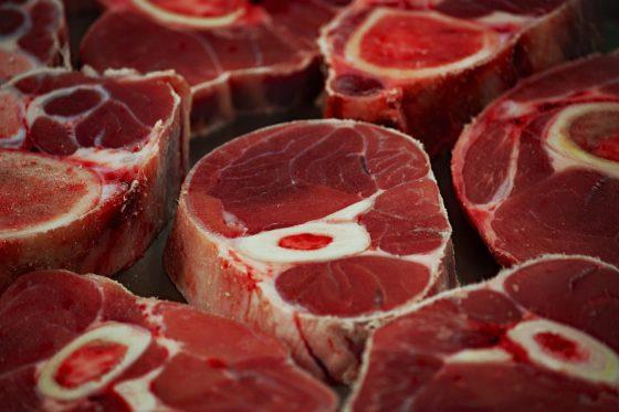 Vleesbedrijf Veviba weer in opspraak: ossenstaarten niet geschikt voor consumptie