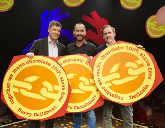 Albert Heijn eerste partner van Tony Chocolonely's Open Chain