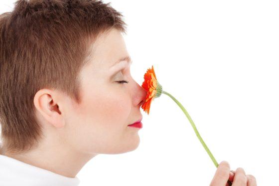 Zelfs bij ontbreken van reukvermogen stimuleren geuren de hersenen