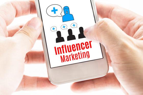 Unilever beteugelt reclame-uitgaven aan sjoemel-influencers