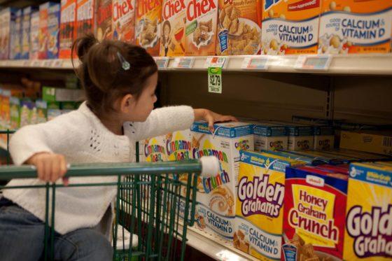 Aangescherpte regels voor kinderidolen op voedingsverpakkingen
