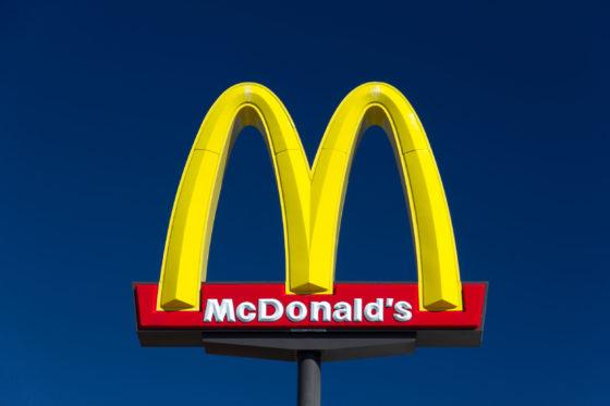 McDonald's verlaagt calorieën in Happy Meal