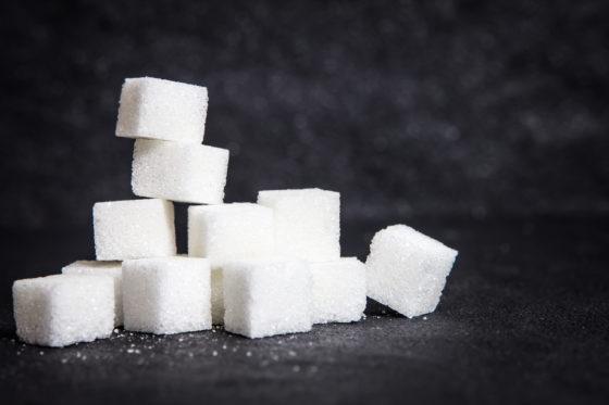 EFSA gaat gezondheidseffecten consumptie toegevoegde suikers onderzoeken