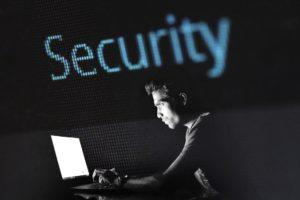 Voorkom een cyberaanval, wees kritisch met online werken