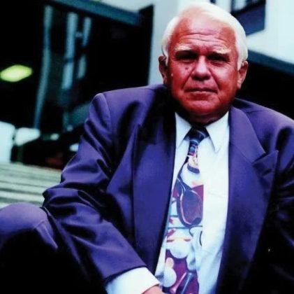 In Memoriam: Ernst Paardekooper, erelid RAR VMT